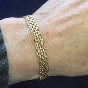 """14k Bismarck style 8"""" bracelet"""